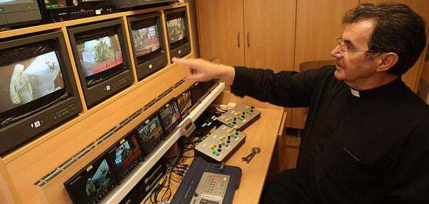 Svećenik pokrenuo katoličku televiziju iz župnog ureda