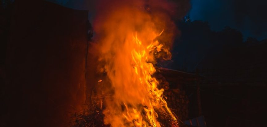 DOLJANI: Izgorjelo osam koza, tele i krava