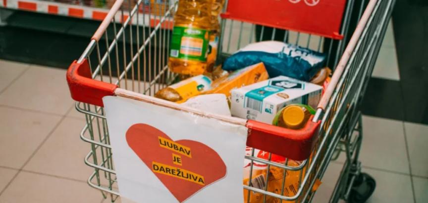 Akcija prikupljanja pomoći za potrebite u gradskim trgovinama