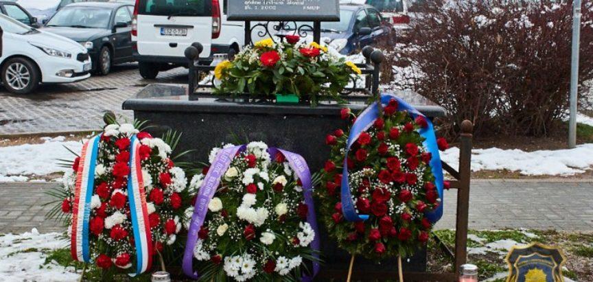 Obilježena 22. godišnjica atentata na Jozu Leutara
