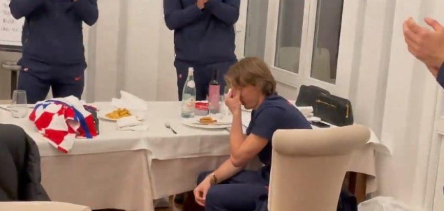 Luka Modrić u suzama nakon Cipra
