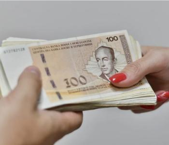 Prosječne mjesečne plaće najniže u uslugama smještaja i hrane, najviše u financijskim djelatnostima