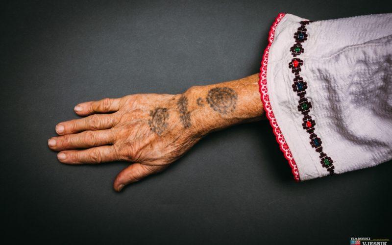 Tradicionalne tetovaže iz Rame na izložbi u Briselu