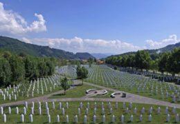 SREBRENICA: Središnja komemoracija za žrtve genocida