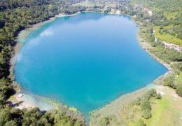 U Boračkom jezeru kod Konjca utopila se sedamnaestogodišnja osoba