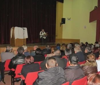 U Domu kulture u Prozoru sinoć održana monodrama Josipa Pejakovića : Ućerivanje