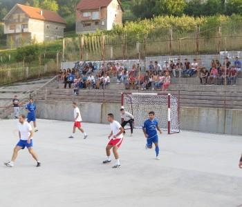 FOTO: Odigrane prve utakmice Općinskog malonogometnog turnira