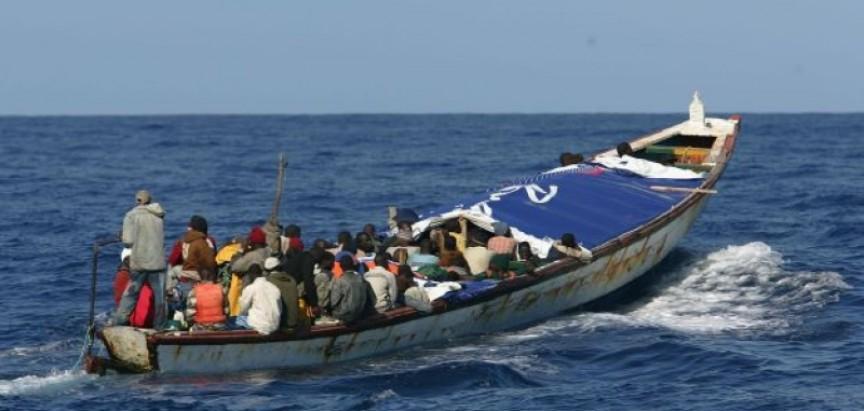 Potonuo čamac, poginulo 66 ilegalnih imigranata