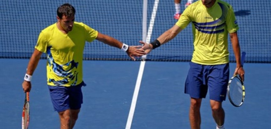 Dodig i Melo u polufinalu Melbournea