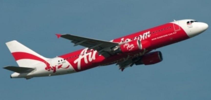 Nestao zrakoplov AirAsie sa 162 putnika – potraga prekinuta