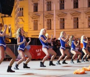 Svečano otvoren Eurobasket: Plesačice zapalile Trg
