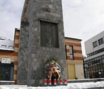 NAJAVA: Na dan Svih svetih paljenje svijeća ramskim braniteljima ispred Spomen obilježja u Prozoru