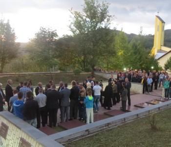 FOTO: Danas na Uzdolu započeo program obilježavanja 21. obljetnice stradanja Uzdolskih žrtava