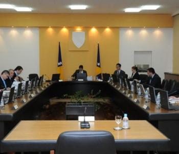 Vlada zasjeda u punom sastavu: Na stolu smjene
