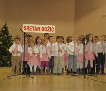 Foto: Održana Božićna priredba u Domu kulture u Prozoru