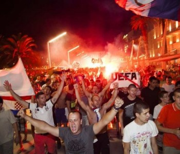 VIDEO: Splićani prevarili policiju i 'zapalili' grad! Ovo se ne pamti