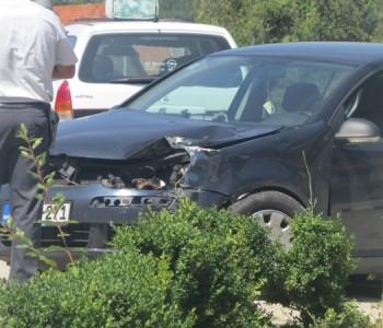 FOTO: prometna nesreća u Ulici Dive Grabovčeve u Prozoru
