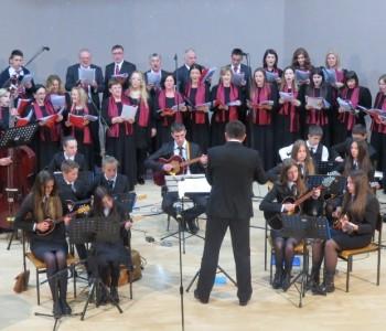 FOTO: U Domu kulture u Prozoru održan Uskrsni koncert Na nebu zora rudi