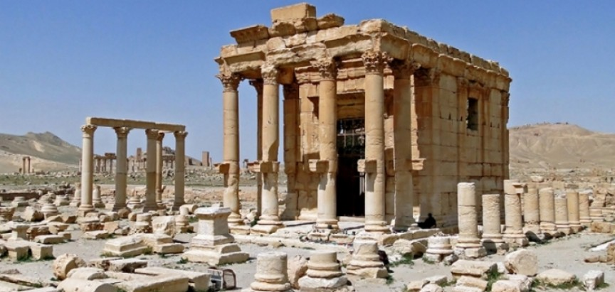 IS digao u zrak antički hram u Palmiri