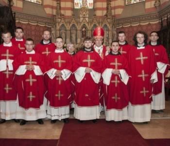 Svećeničko ređenje u sarajevskoj katedrali