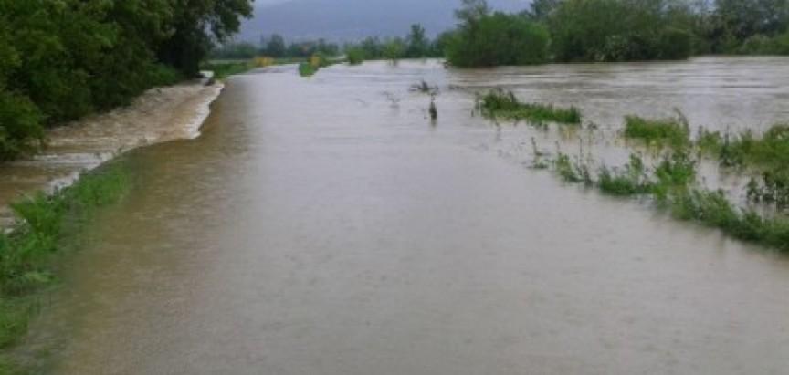 Štete od poplava u Posavskoj županiji blizu 300 milijuna maraka
