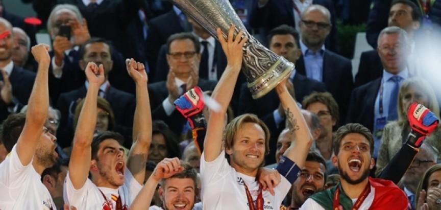 Katalonci tvrde: Gotovo je! Ivan Rakitić je novi igrač Barcelone