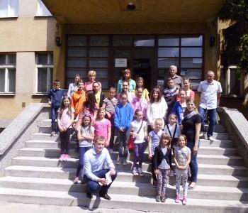 Učenici OŠ Veselka Tenžere Uzdol i djelatnici škole posjetili Travnik