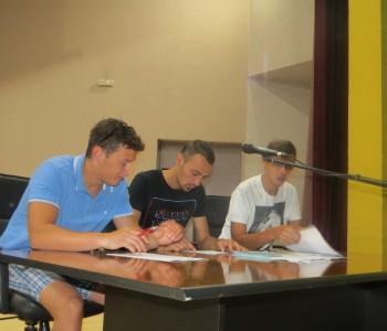 Potpisani ugovori Omladinske banke Prozor-Rama s neformalnim grupama mladih