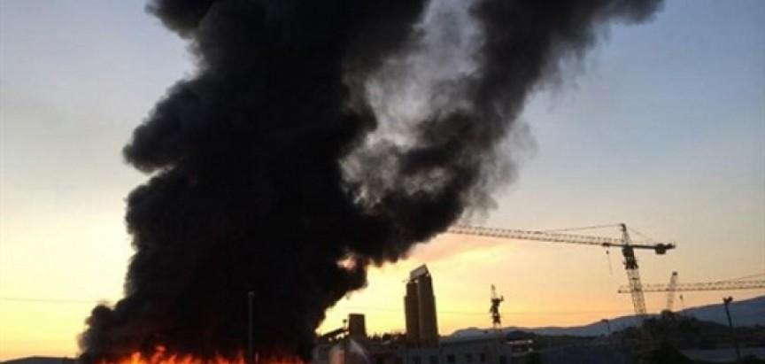 Vatra uništila skladište firme 'Konstruktor'