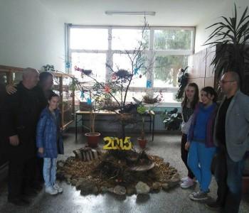 FOTO: Članovi likovne sekcije OŠ Marka Marulića u Prozoru izradili Uskrsnu izložbu