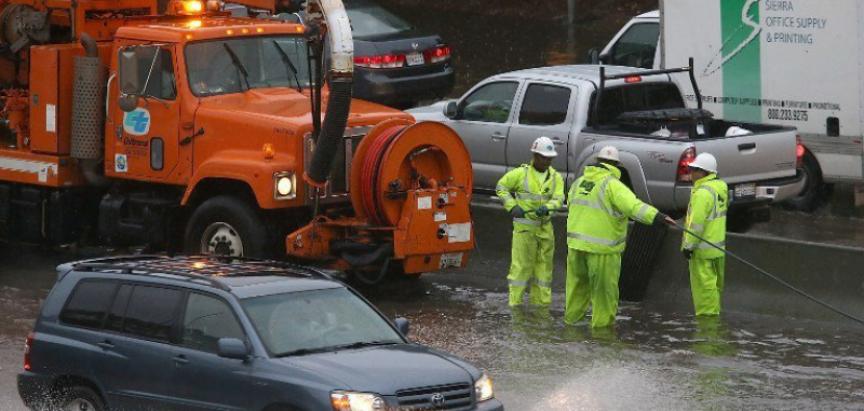 Kaliforniju pogodila najgora oluja u posljednje tri godine