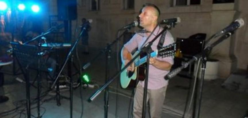 Ramski kantautor Vlado Kudić nastupio na Festivalu duhovne pop glazbe u Zadru