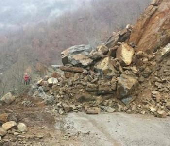 Zatvoren promet: Stijene zatrpale put Jablanica-Prozor