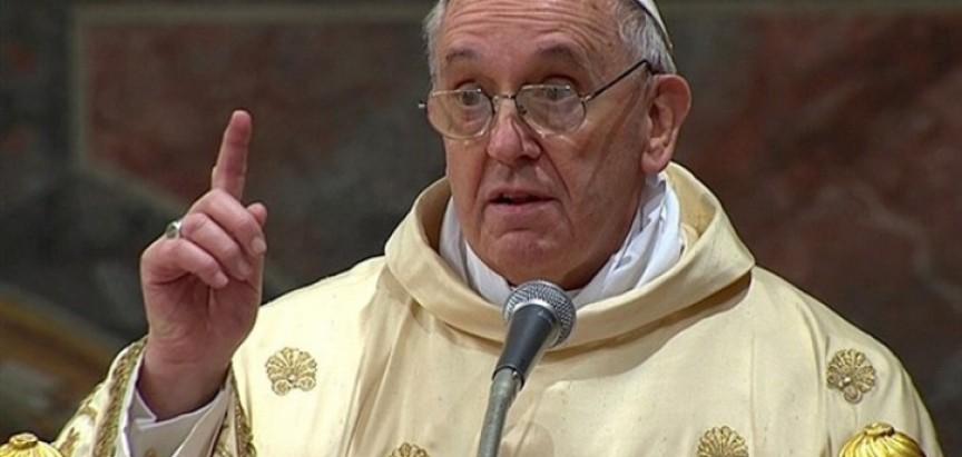 Papa traži pomoć od Europe