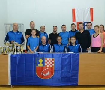 Foto: U Prozoru održan Međunarodni turnir u stolnom tenisu