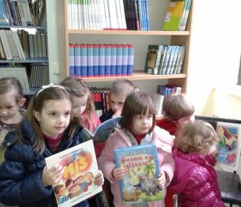 Djeca i djelatnici Dječjeg vrtića Ciciban posjetili Narodnu knjižnicu Rama