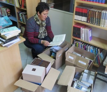 Vrijedna donacija stigla u Narodnu knjižnicu Rama